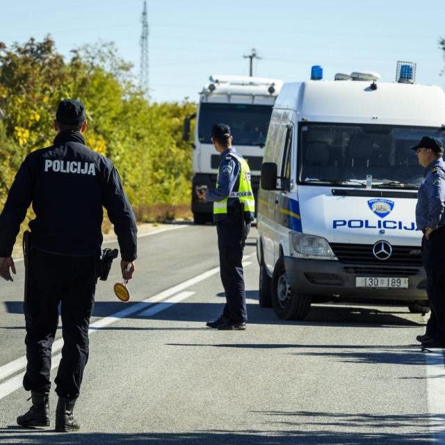 Prometna nesreća u kojoj je smrtno stradao motociklist na ulazu u Drniš.<br />