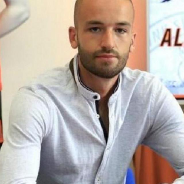 Alex Cvetković, nogometaš Šibenika, sin je poznatog glazbenika Zorana Cvetkovića
