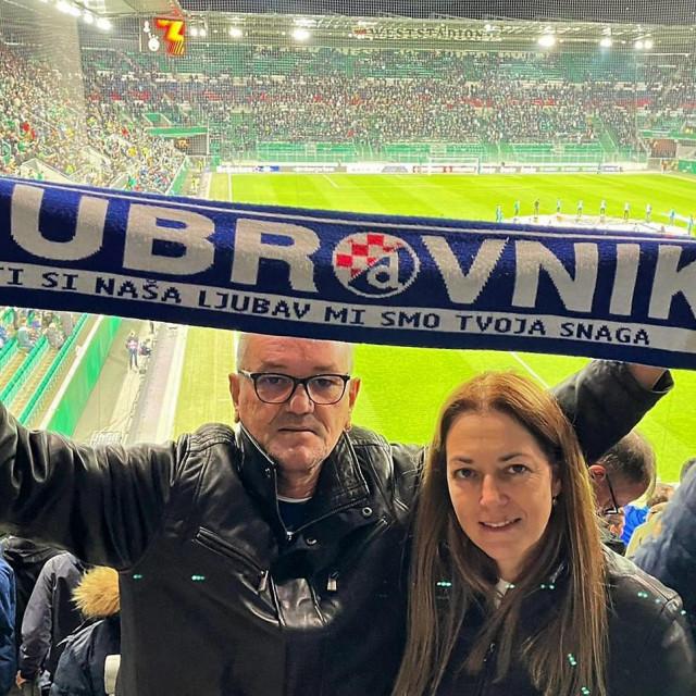 Zoran i Klara Mitrović na stadionu Rapida u Beču