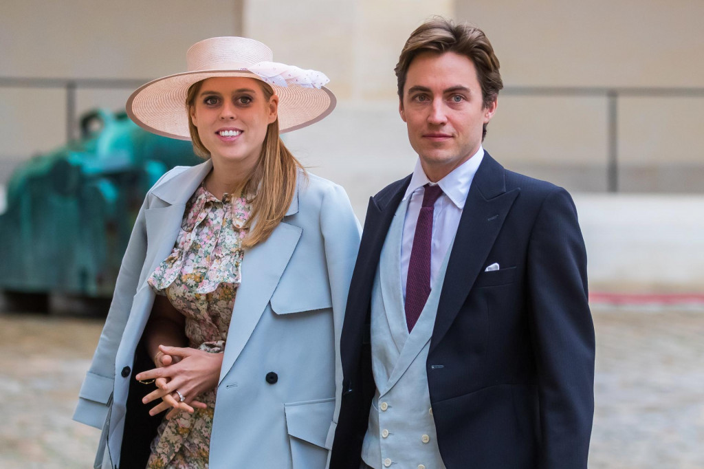 Princeza Beatrice i njezin suprug Edoardo Mapelli Mozzi, roditelji maleneSienneElizabeth Mapelli Mozzi