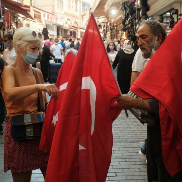 Turci zastavu zovu barjak